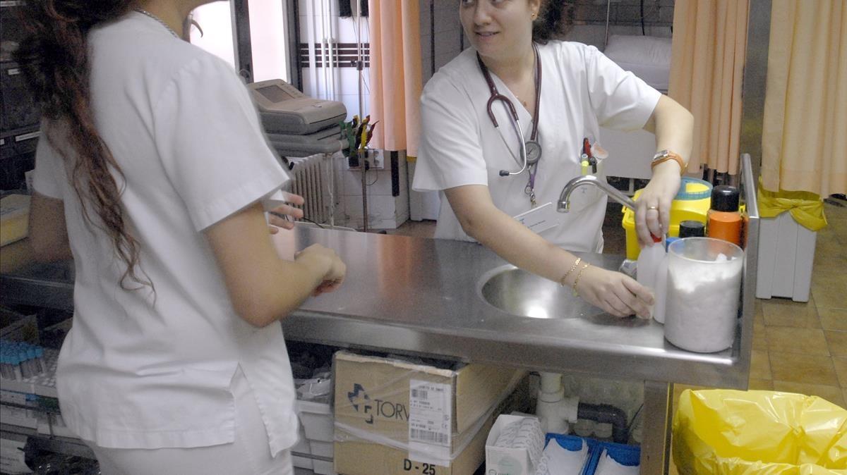 Las enfermeras dicen basta ya a las imágenes sexistas