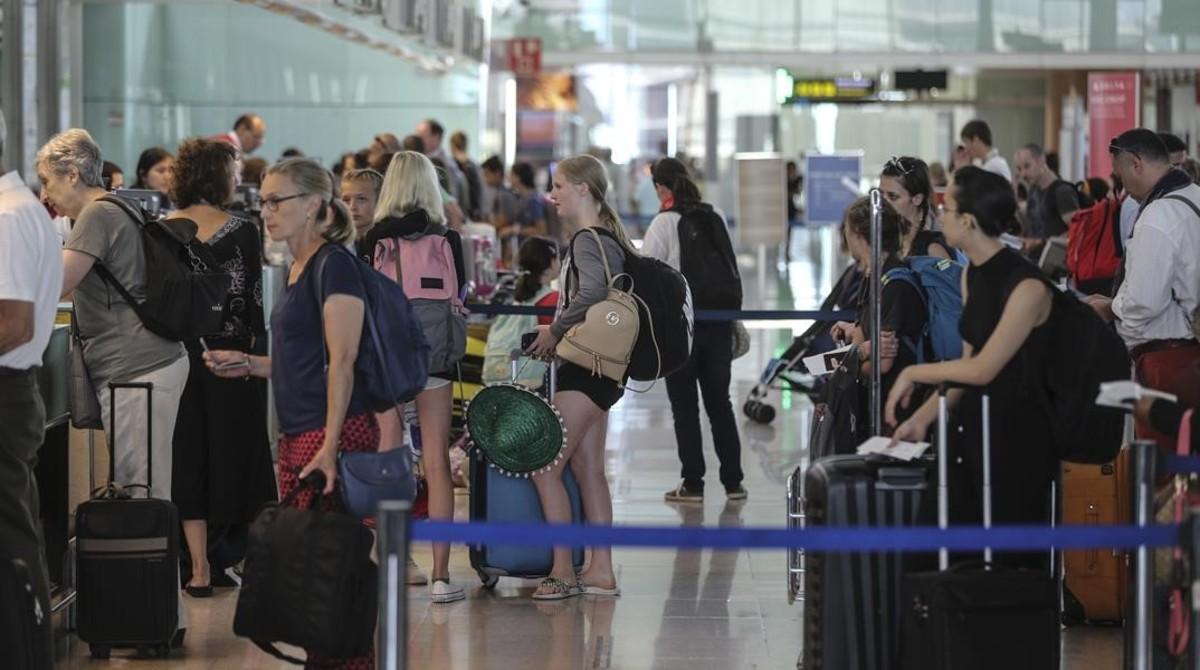 Zona de facturación del aeropuerto de Barcelona-El Prat.