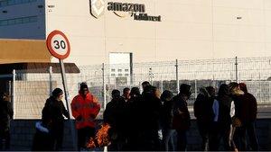 Els treballadors d'Amazon a Madrid culminen per Reis un 2018 de vagues