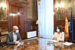 La ministra de Hacienda, María Jesús Montero; y el secretario de Estado de Derechos Sociales, Nacho Ãlvarez, durante una reunión para abordar las líneas generales del anteproyecto de Presupuestos Generales del Estado para 2021, en Madrid (España) a 1 de septiembre de 2020.