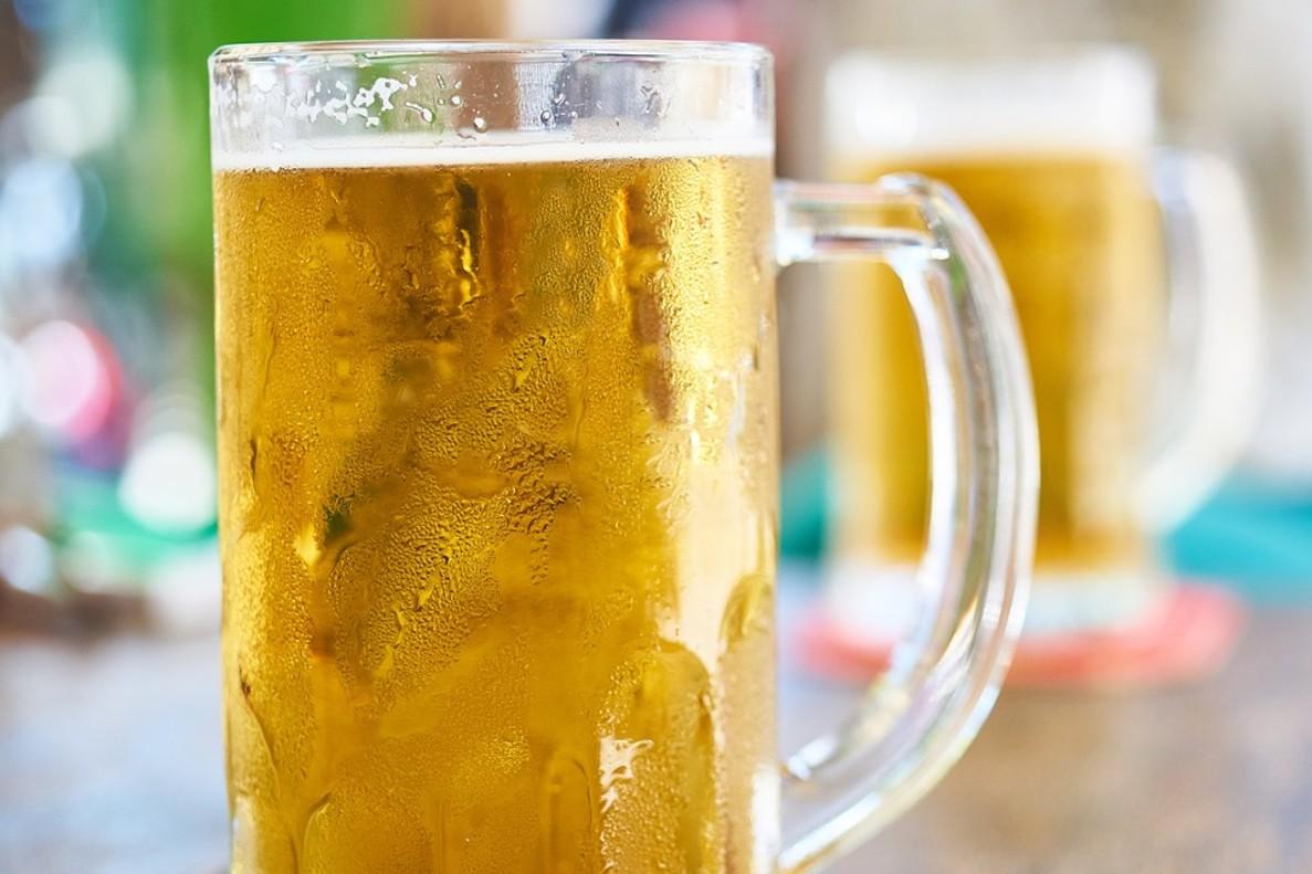 Una cerveza fría.