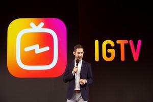 El consejero delegado de Instagram, Kevin Systrom, presenta IGTV.