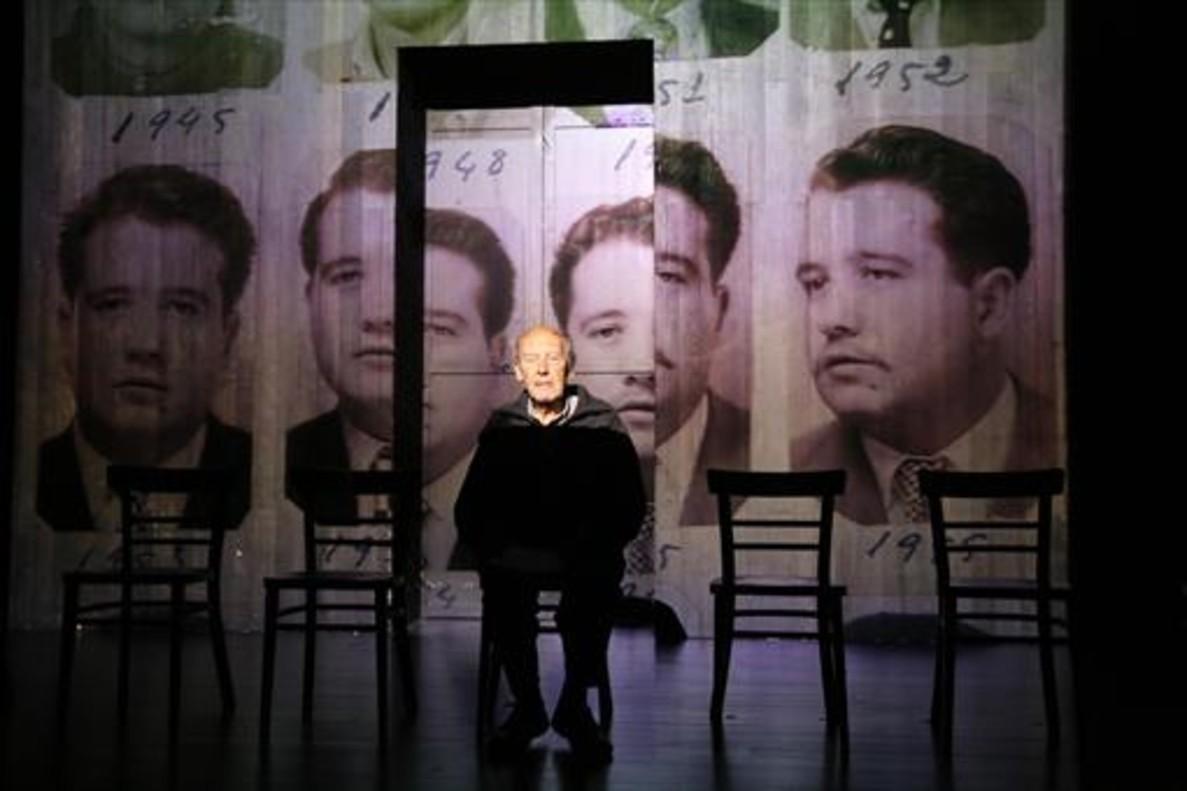 Ensayo del proyecto de teatro colaborativo Dale recuerdos XXX.