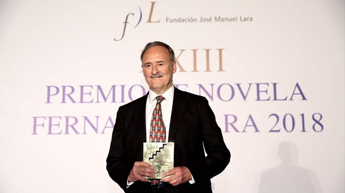 Entrega del XXIII Premio de Novela Fernando Lara a Jorge Molist por su novela Canción de sangre y oro.