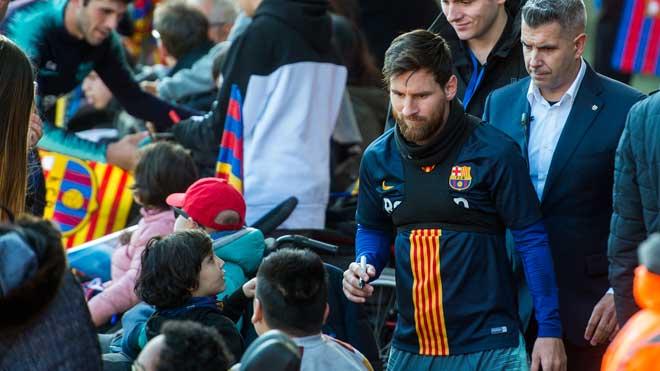 Entrenamiento del Barça a puertas abiertas en el Miniestadi.