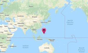 El epicentro se situó a 69,9 kilómetros al este de la localidad de Hinatuan a una profundidad de 17 kilómetros.