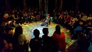 Momo (versiólliure de Michael Ende),Cia. de Teatre Anna Roca.