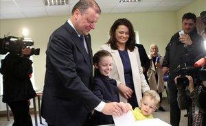 Imagen de las votaciones a la presidencia lituana durante la primera ronda.