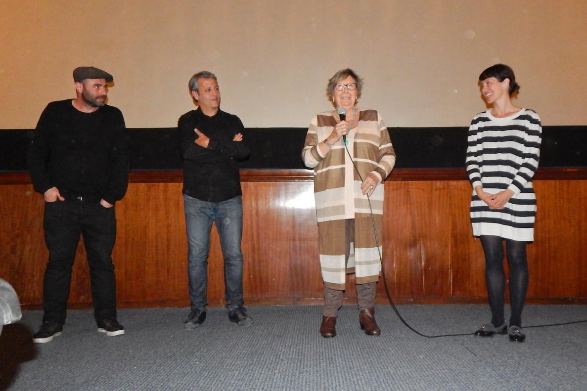 Joana Biarnés participa en la presentación en Terrassa del documental sobre su vida y carrera profesional 'Una entre todos'.