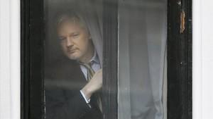Julian Assange, en la Embajada de Ecuador en Londres.