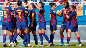 Las jugadoras del Barça celebran uno de los goles al Atlético de Madrid (6-1) el pasado sábado.