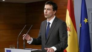 El líder de UPD, Andrés Herzog, en la rueda de prensa que ha ofrecido en la Moncloa tras su reunión con Mariano Rajoy.