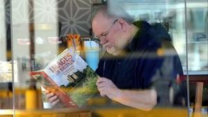 Thomas Markle, en una cafería de México, el pasado abril.
