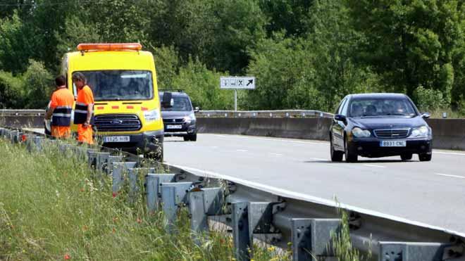 Lugar de la carretera C-66 en Cornellà de Terri (Girona) donde ha fallecido un ciclista en un accidente .
