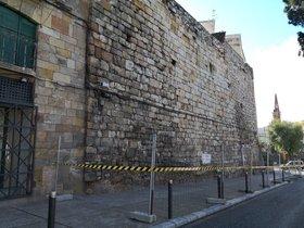 La muralla romana de Tarragona sufre un desprendimiento por la humedad