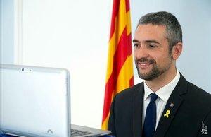 El nuevo 'conseller' de Exteriors, Bernat Solé, toma posesión del cargo por videoconferencia, el pasado sábado