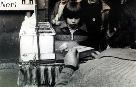 Pajarito de la suerte en el Barri Gòtic en 1961.