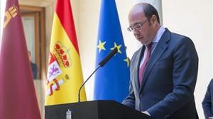Pedro Antonio Sánchez, este martes, durante la comparecencia en la que ha anunciado su dimisión.