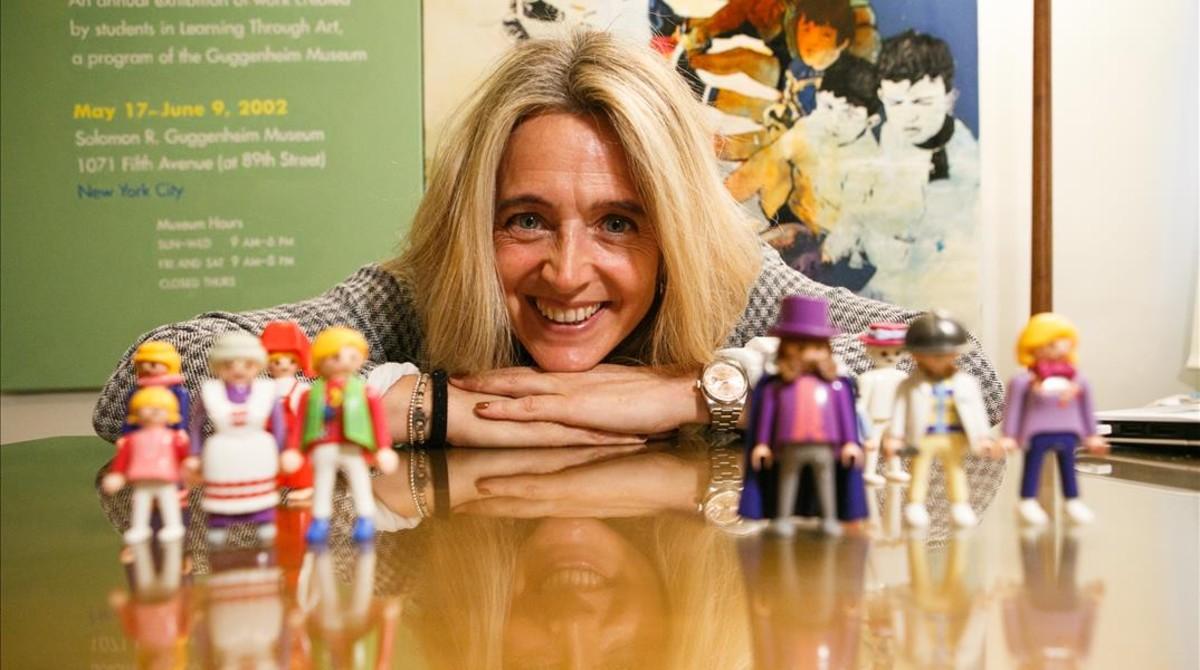 La psicóloga de niños y adolescentes Agnès Brossa, en su despacho de Terrassa.