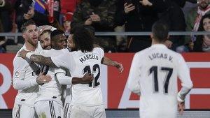 El Madrid festejando uno de los tantos en la victoria ante el Girona.