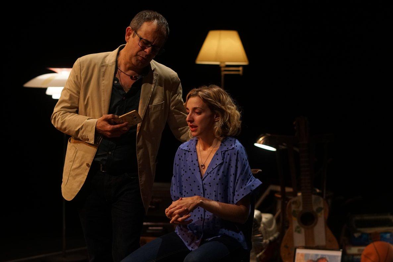 Anna Moliner y David Bagés, en su cara a cara en 'Rita', en la Sala Beckett.