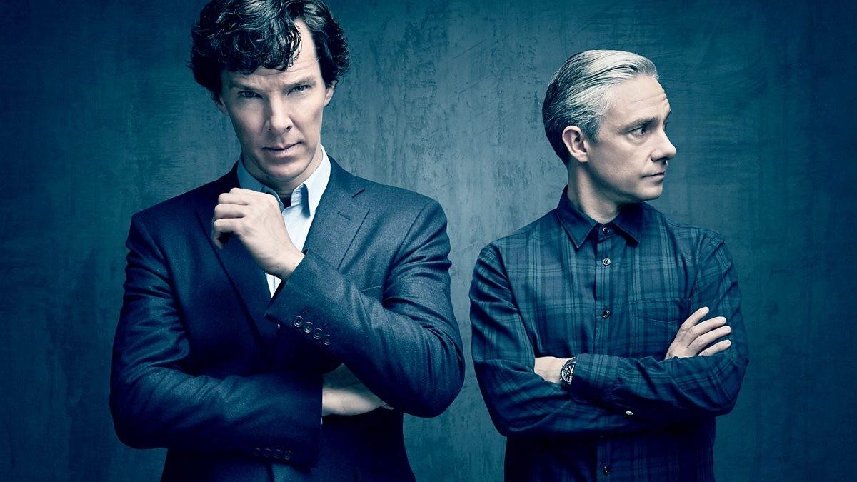 Benedict Cumberbatch y Martin Freeman, en una imagen promocional de la serie de la BBC 'Sherlock'.