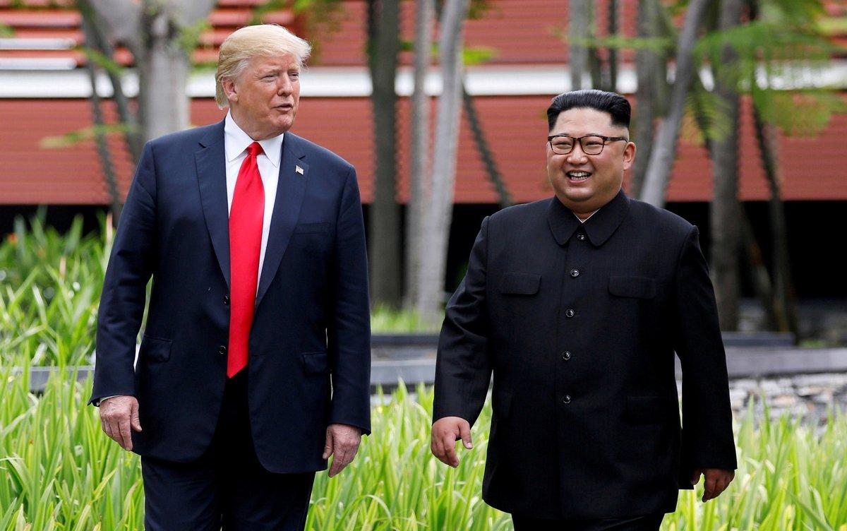 Trump y Kim acordaron en junio en una histórica cumbre en Singapur que ambos trabajarían para lograr la desnuclearización del régimen a cambio de que Washington garantice la supervivencia del régimen.