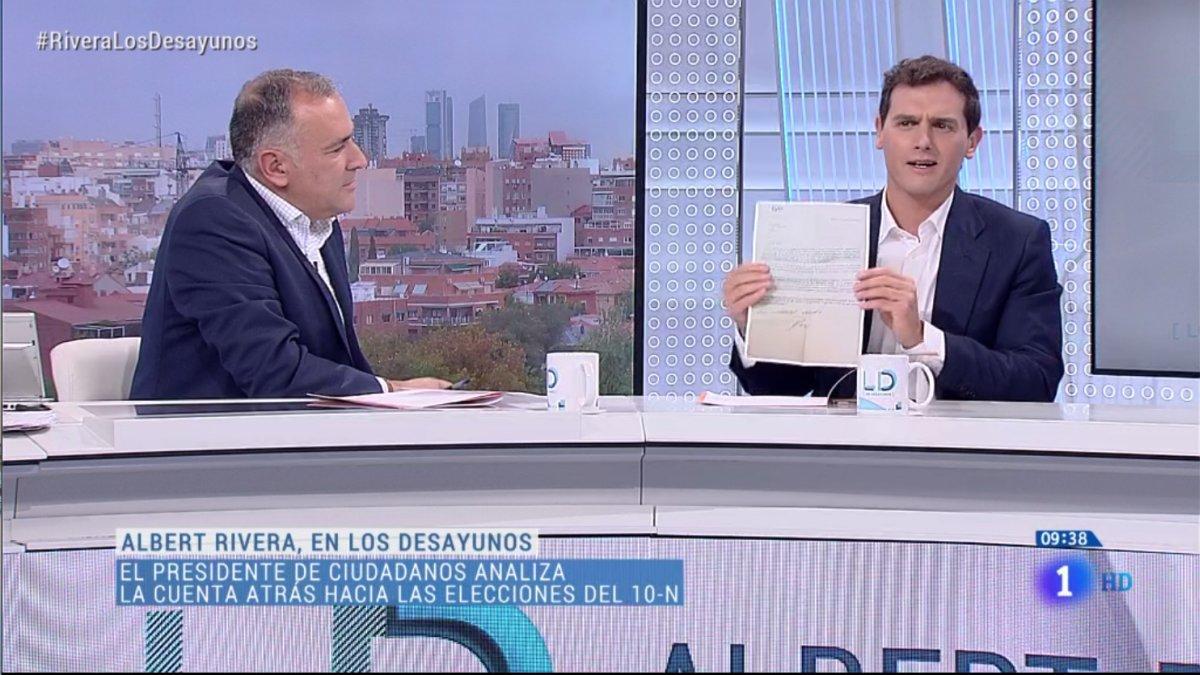 Xavier Fortes y Albert Rivera en 'Los desayunos de TVE'.