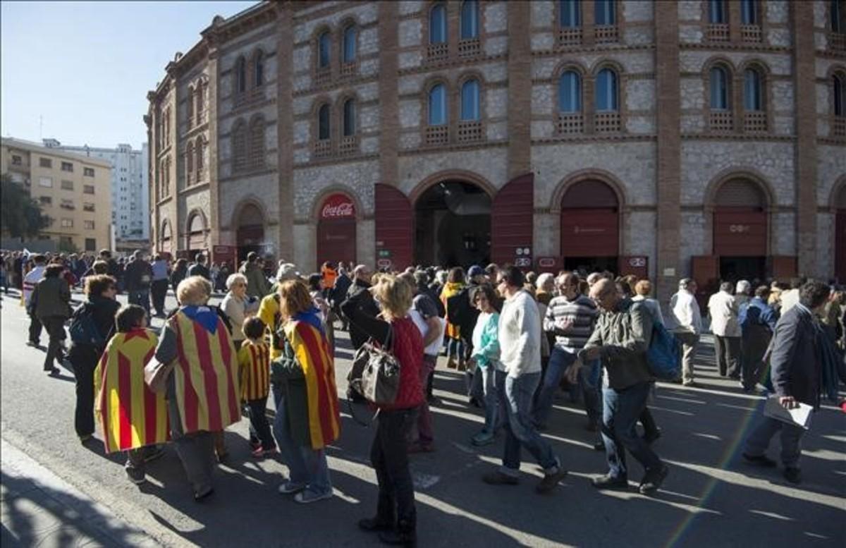 Fachada del Tarraco Arena de Tarragona, durante una asamblea de la ANC, en abril del 2014.