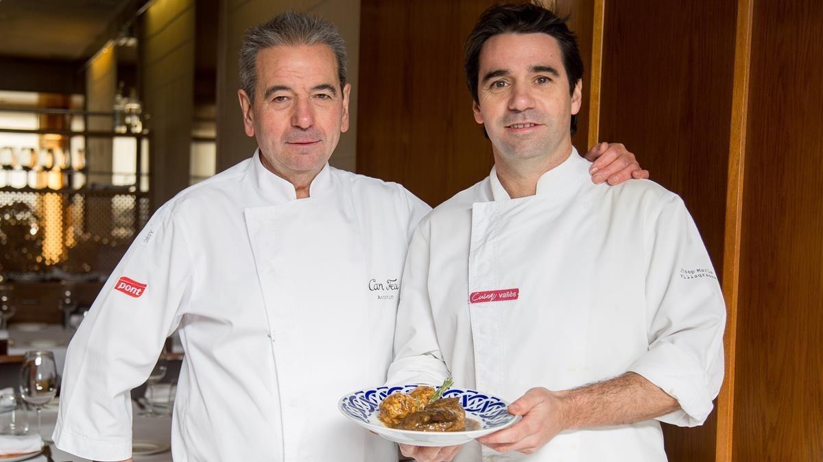 Antonio y Josep Maria Villagrasa y un plato con guiso de perdiz.