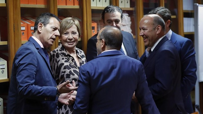 Los partidos aparcan el debate sobre la subida de las pensiones