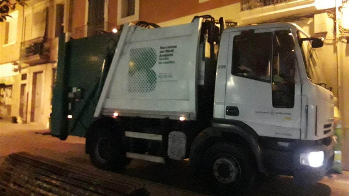 Camión para la recogida selectiva de basuras.