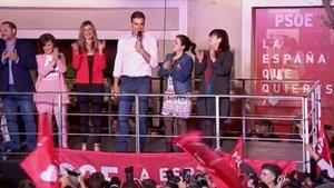 Sánchez derrota a la derecha