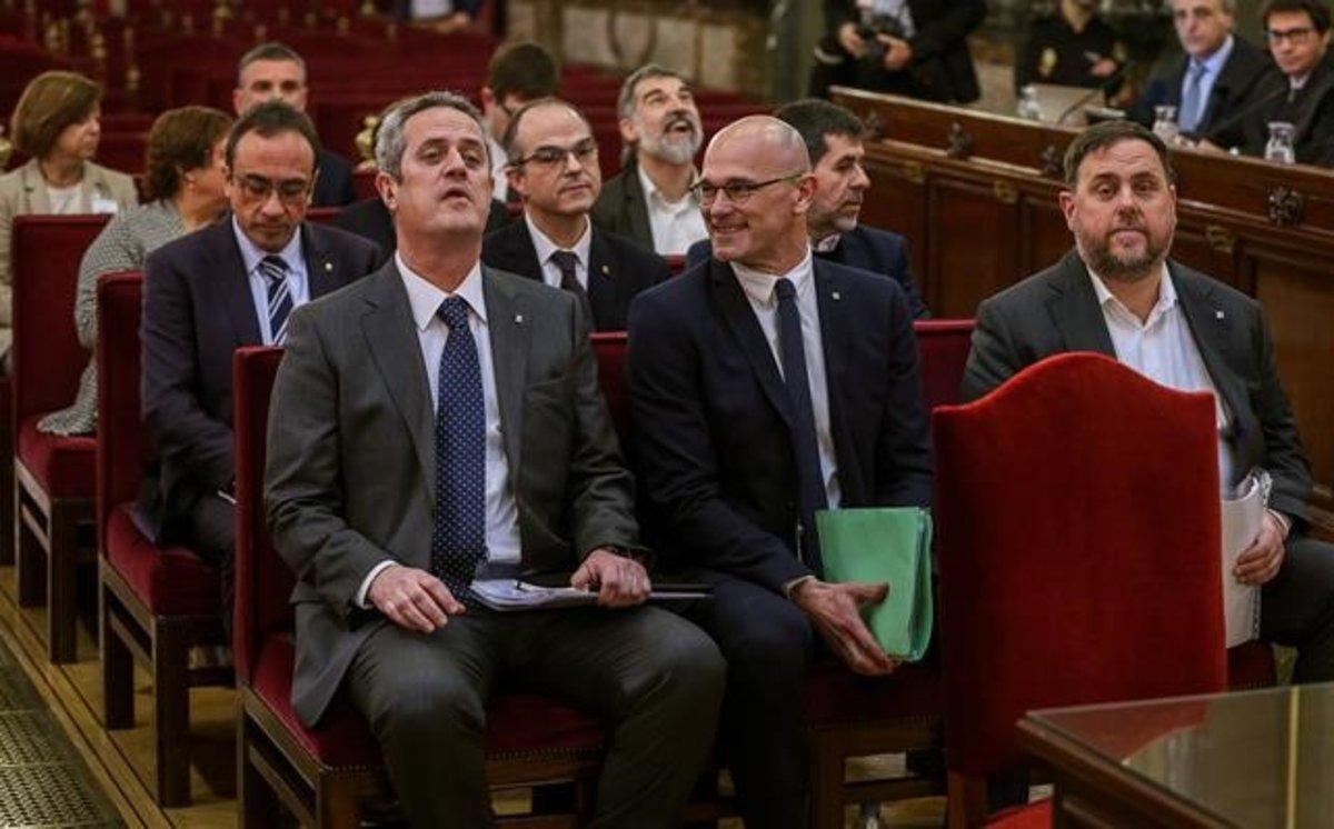 Los 12 líderes independentistas, durante una vista del juicio del 'procés'.