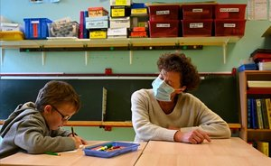 Catalunya començarà el curs amb 12 alumnes per aula a primària i 15 a secundària