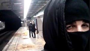 El gihadista que volia matar a Barcelona, un cambrer que es va radicalitzar quan es va quedar sense feina per la Covid-19