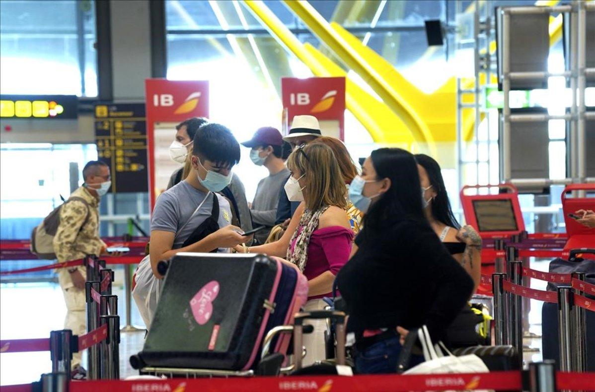 Espanya comença a reobrir les fronteres Schengen sense publicar encara la llista de països