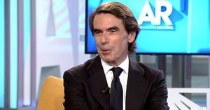 José María Aznar durante la entrevista en Telecinco.