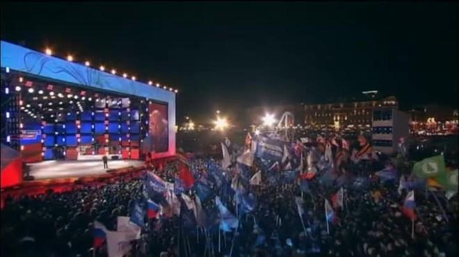 Milers de persones celebren la victòria de Vladímir Putin
