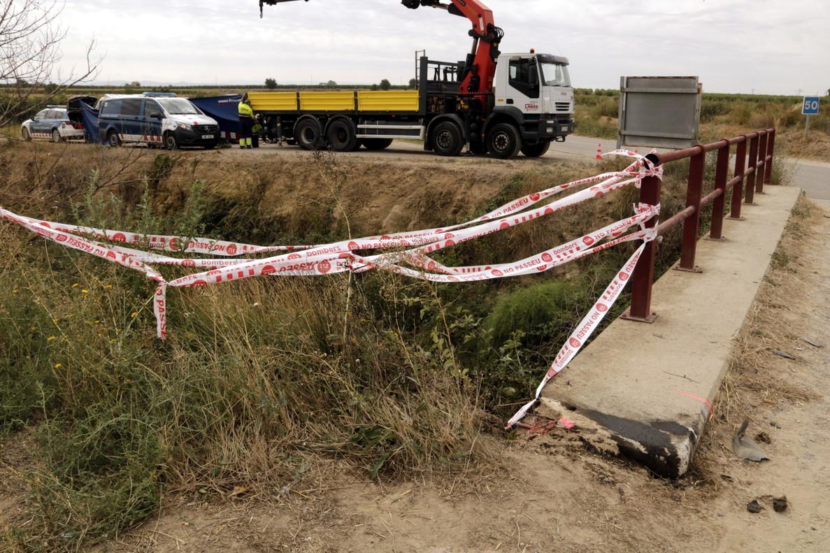 Lugar del accidente de coche en el canal auxiliar del Canal d'Urgell, entre Bell-Lloc y Torresserona.