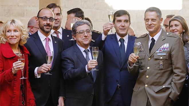 Ningún líder parlamentario asiste al acto por la Constitución en Barcelona