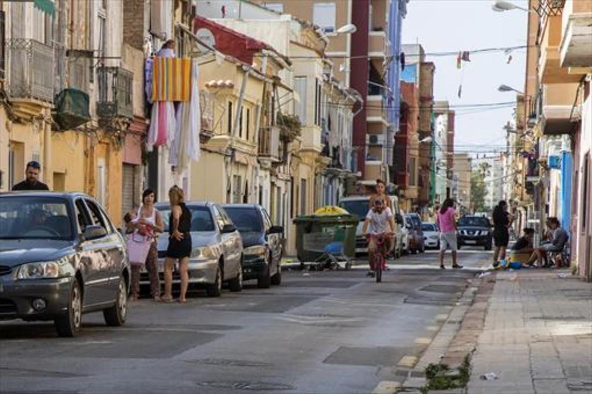 Aspecto de una de las calles del barrio del Cabanyal.
