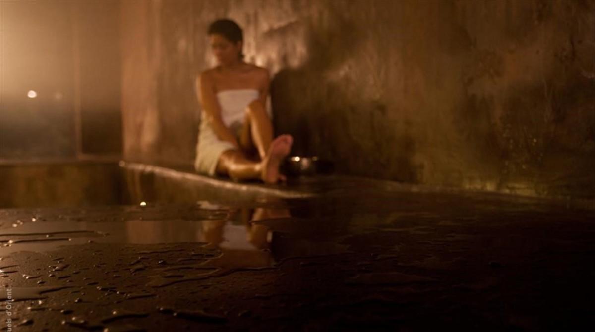 Baño relajante al estilo marroquí y turco en Rituels dOrient, en el barrio de Les Corts de Barcelona.