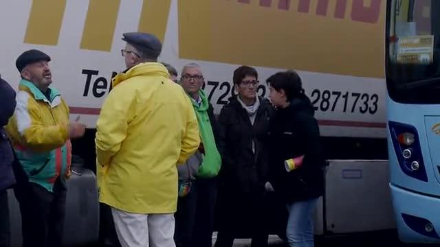 Partidarios de la Independencia se deplazan por carretera hasta Bruselas, para acudir a la manifestación.