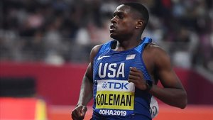 Coleman, camino de bajar de los 10 segundos (9,98) en su serie.