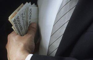 Dinero a espuertas