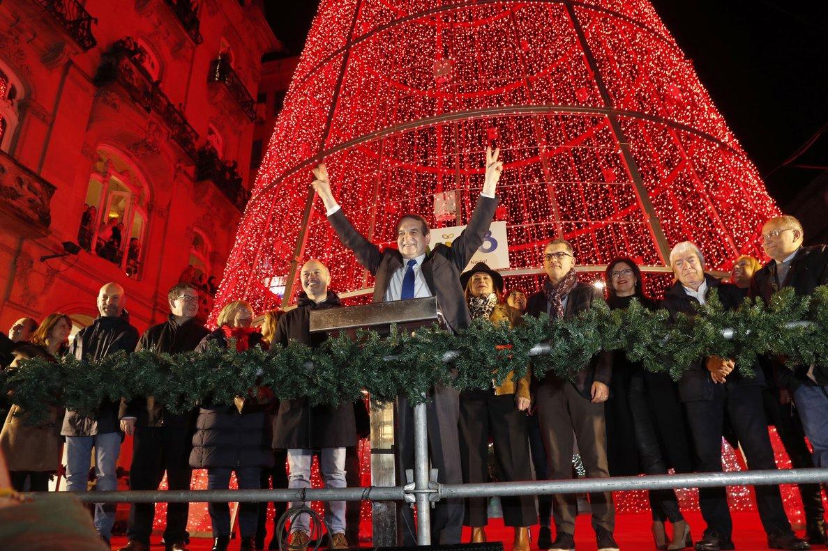 El alcalde de Vigo, Abel Caballero, durante el encendido de las luces de Navidad, a finales de noviembre FOTO JOSÉ LORES