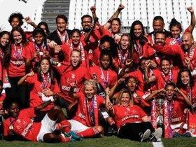 La plantilla del Benfica celebra la Copa de Portugal ganada el año pasado.