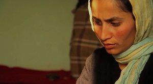 Fotograma del documental A Thousand Girls Like Me, de la afganaSahra Mani.