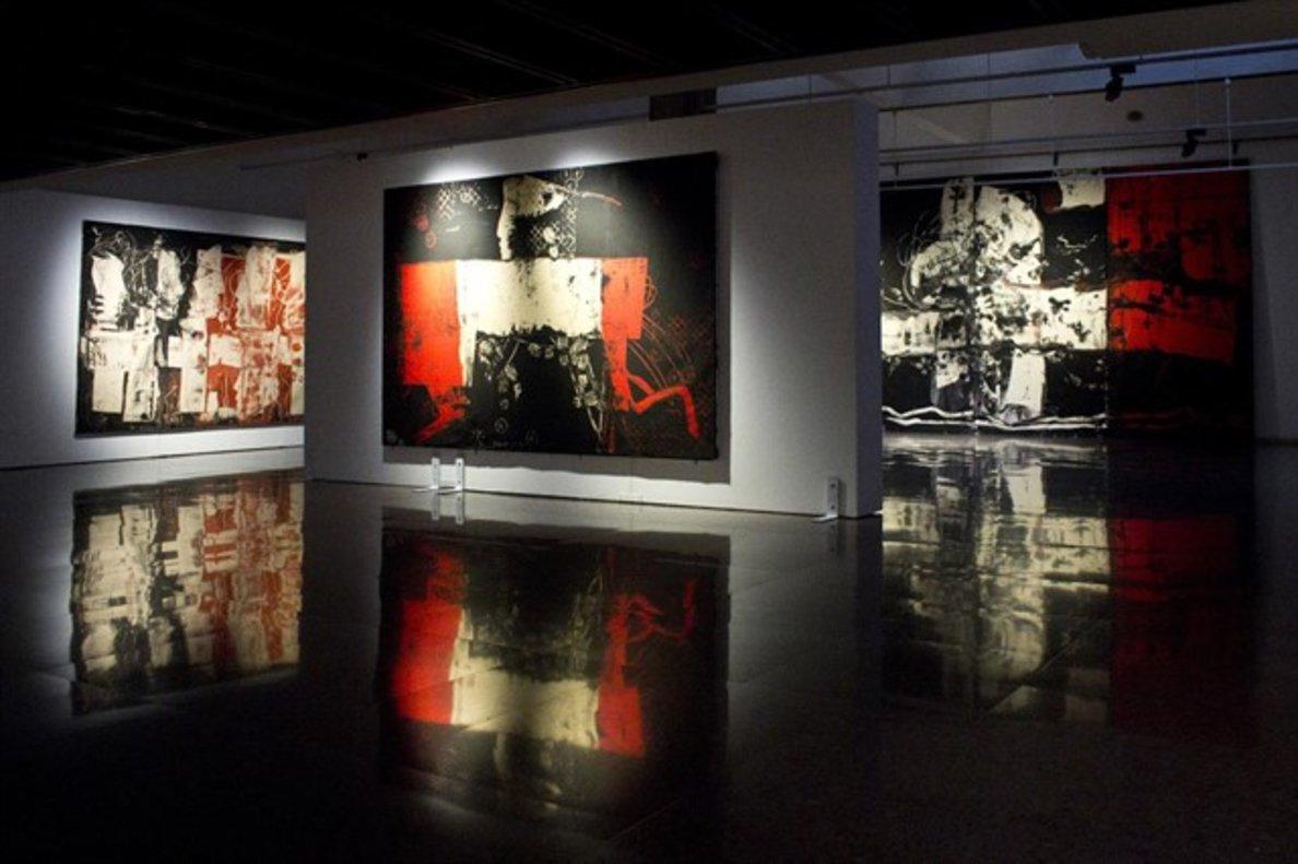 El pintor de gran format Agustí Puig acosta a Terrassa obres inèdites de més de quatre metres